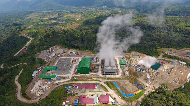 住友商事、インドネシア・ムアララボ地熱発電所の商業運転開始を発表